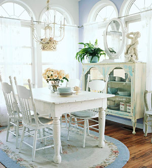 Interior design cottage style rooms sally lee by the sea for Cottage style kitchen chairs